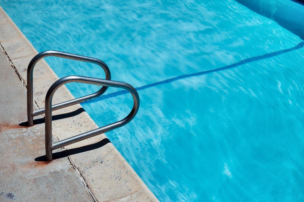 chlore sel brome piscine
