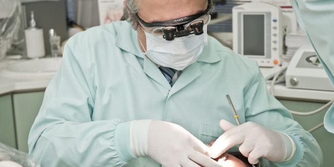 spécialiste de la parodontologie