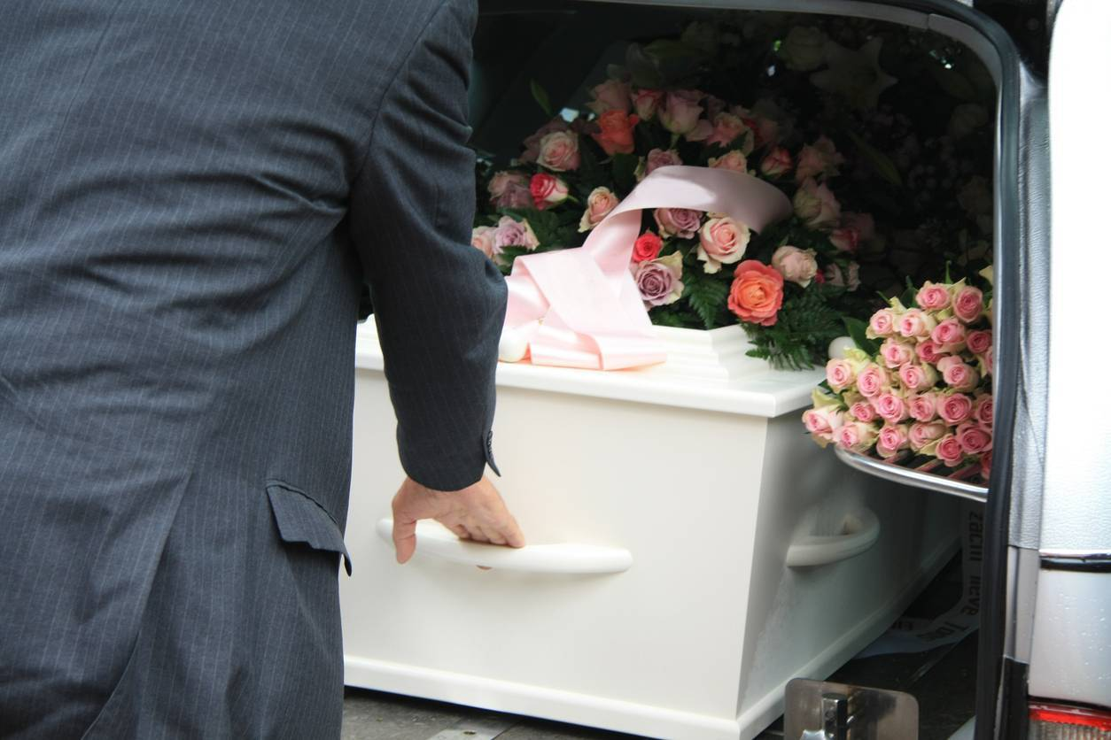 obsèques prestations pompes funèbres